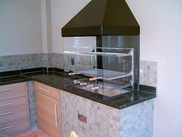 churrasqueira-pre-moldada-vidro-coifa-inox-4