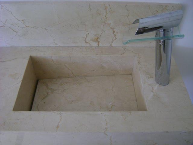 Lavatório de pedra de mármore