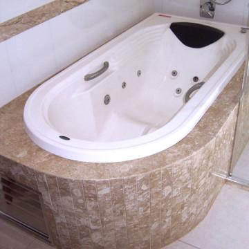 Revestimento de mármore para banheira